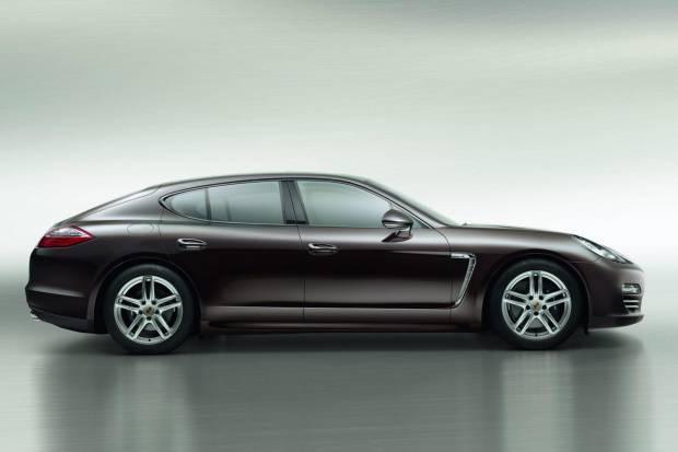 2013 Porsche Panamera Platinum Edition tanıtıldı - Page 1