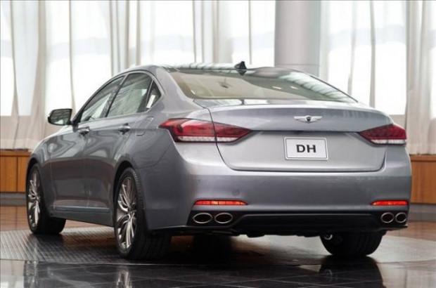 2015 model Hyundai Genesis - Page 4