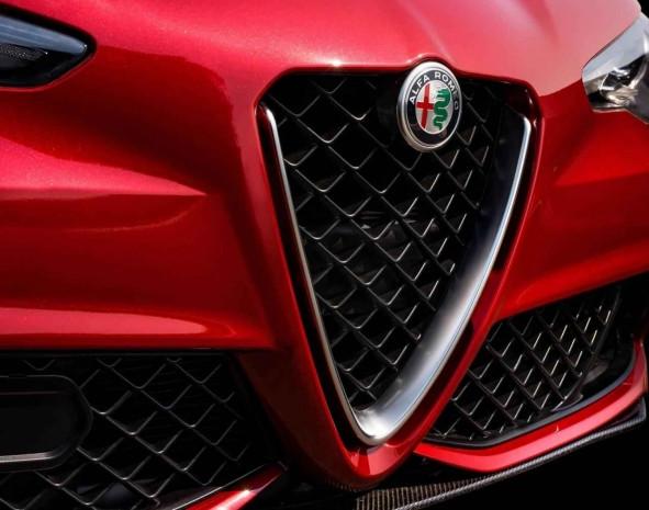 2016 Alfa Romeo Giulia İç Tasarımı Göründü - Page 3