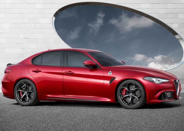 2016 Alfa Romeo Giulia'nın iç tasarımı gözüktü - Page 2