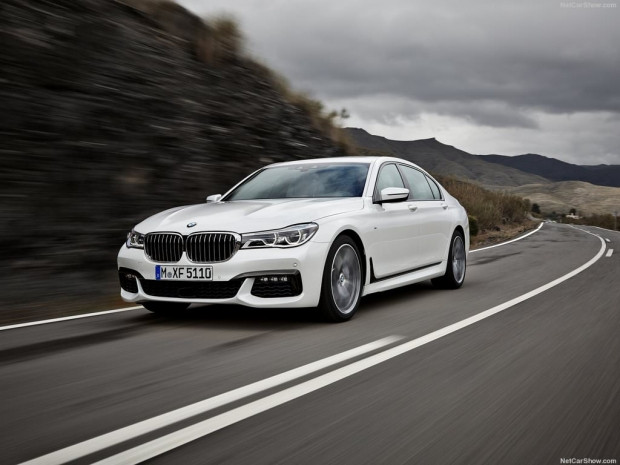 2016 BMW 7-Series - Page 4