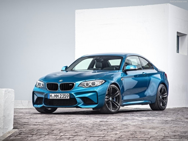 2016 BMW M2 Coupe - Page 2