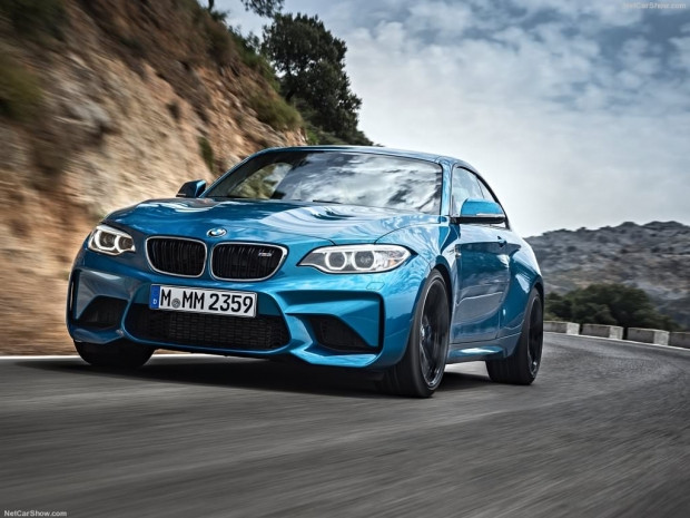 2016 BMW M2 Coupe - Page 3