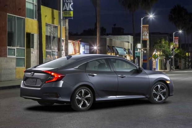 2016 Honda Civic yeni kasa özellikleri açıklandı - Page 1