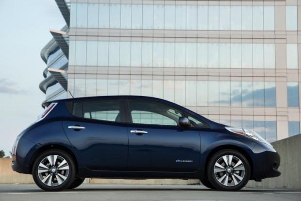 2016 Nissan Leaf - Page 2