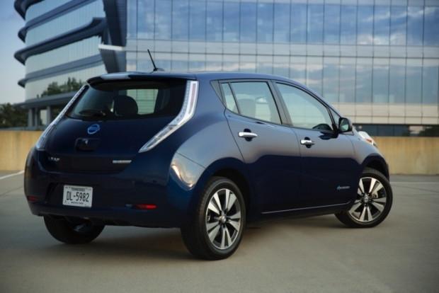 2016 Nissan Leaf - Page 3
