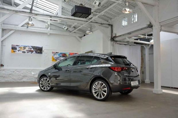 2016 Opel Astra ilk defa fotoğraflandı - Page 4