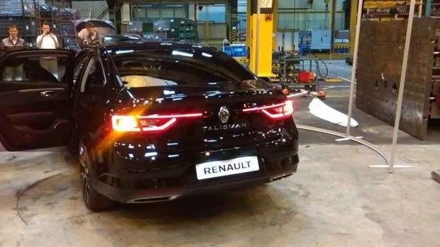 2016 Renault Talisman ilk defa canlı görüntülendi - Page 2