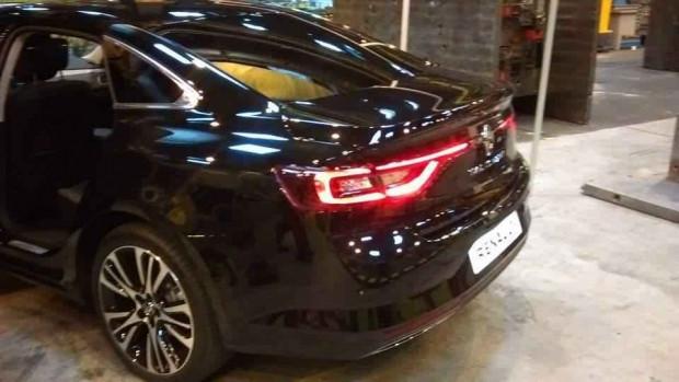 2016 Renault Talisman ilk defa canlı görüntülendi - Page 3