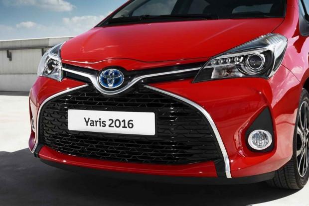 2016 Toyota Yaris makyaj özellikleri - Page 1