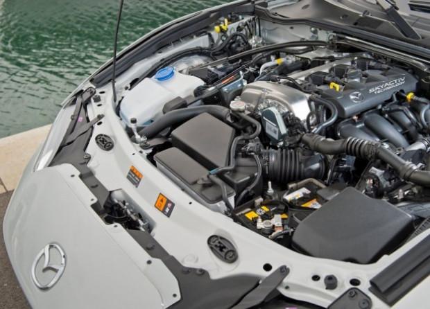 2016'nın en iyi otomobili olarak Mazda MX-5 seçildi - Page 2