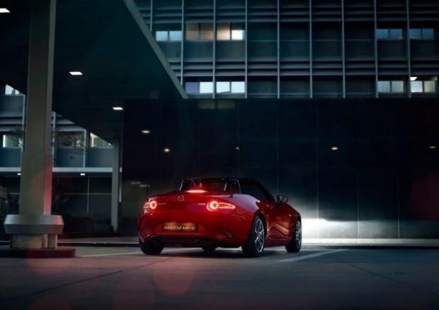 2016'nın en iyi otomobili olarak Mazda MX-5 seçildi - Page 4