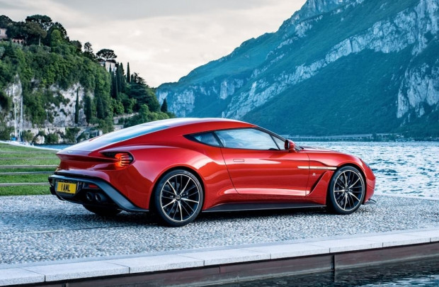 2017 Aston Martin Vanquish Zagato - Page 2