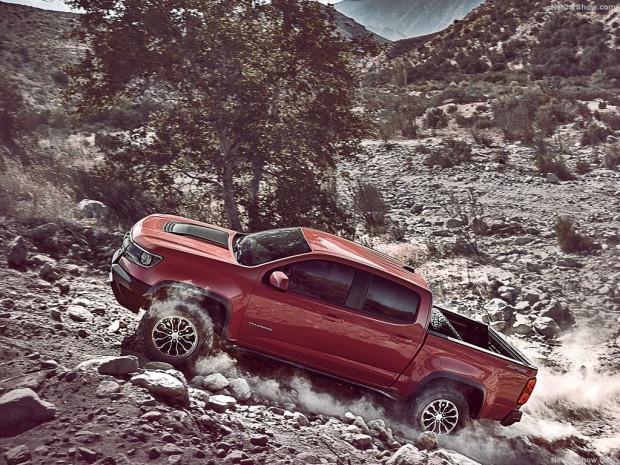 2017 Chevrolet Colorado ZR2 - Page 1