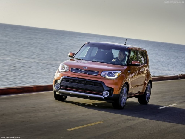 2017 model Kia Soul Turbo - Page 1