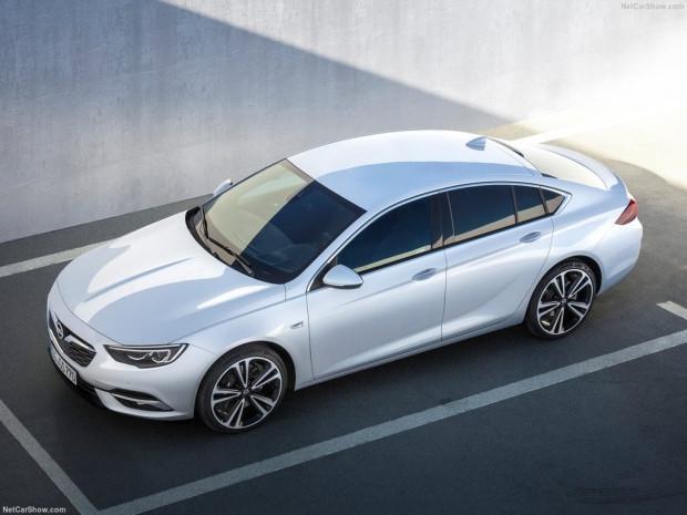 2017 Opel Insignia Grand Sport - Page 1