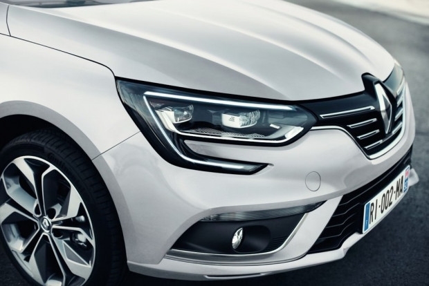2017 Renault Megane Sedan - Page 4