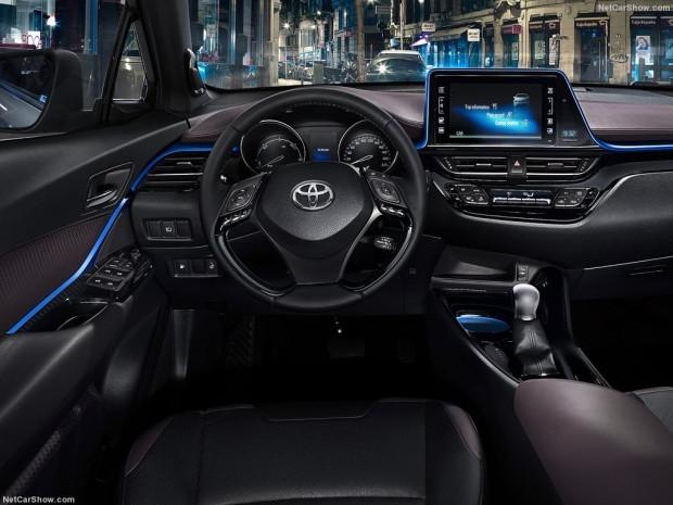 2017 Toyota C-HR - Page 1