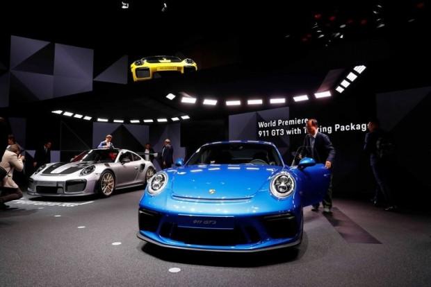 2017 Uluslararası Frankfurt Otomobil Fuarı açıldı - Page 1