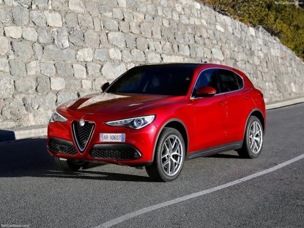 2018 Alfa Romeo Stelvio Türkiye'de - Page 1
