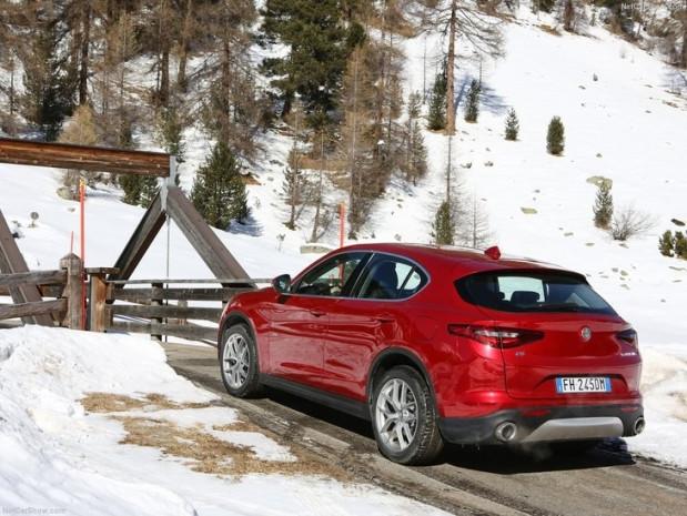 2018 Alfa Romeo Stelvio Türkiye'de - Page 4