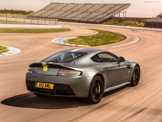 2018 Aston Martin Vantage AMR - Page 3