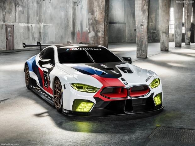 2018 BMW M8 GTE yarış arabası - Page 2
