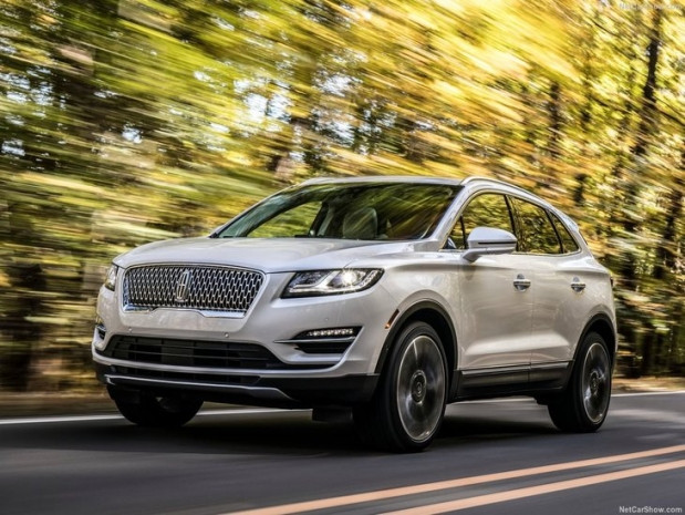 2019 Lincoln MKC - Page 1