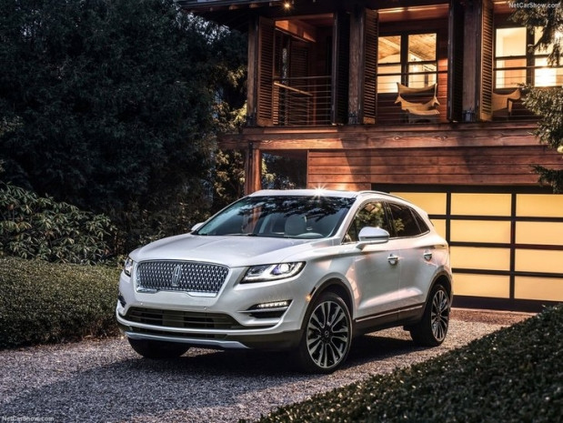 2019 Lincoln MKC - Page 4