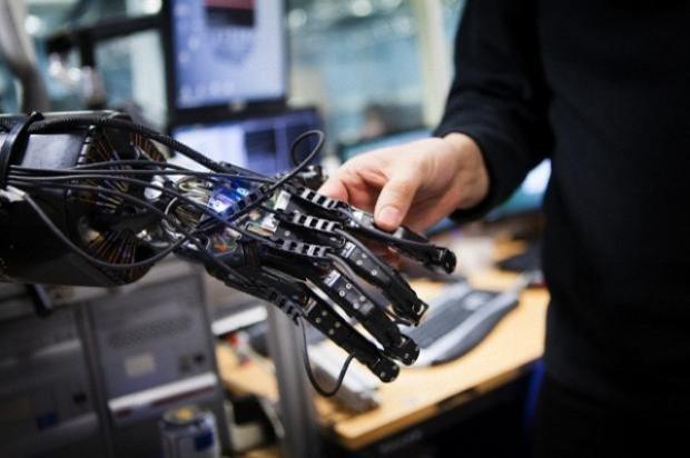 2029'da sevgiliniz robot olabilir! - Page 3