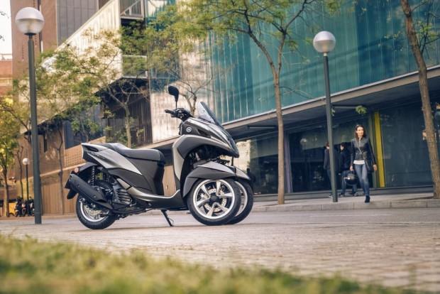 3 tekerlekli Yamaha Tricity 155 - Page 3