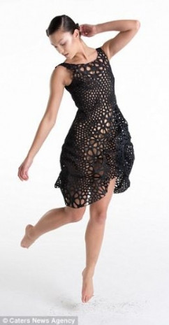 3D baskı teknolojisi kullanarak elbise tasarlandı - Page 1