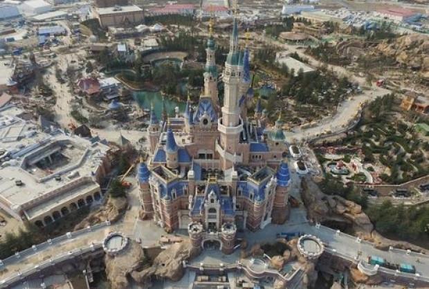 5.5 milyar dolarlık Disneyland Haziranda açılıyor! - Page 1