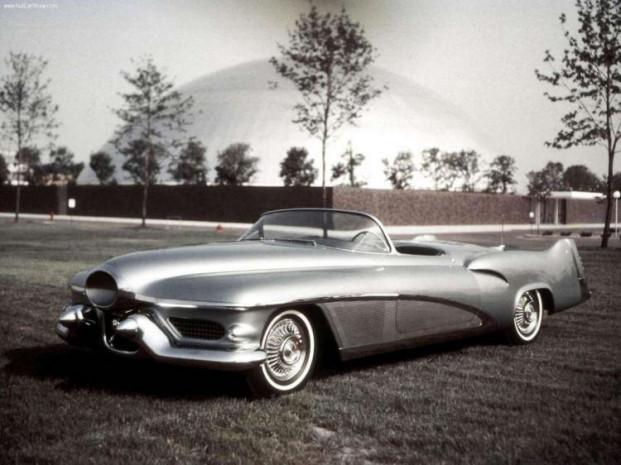 50'li yıların jet biçimli otmobil konseptleri - Page 3