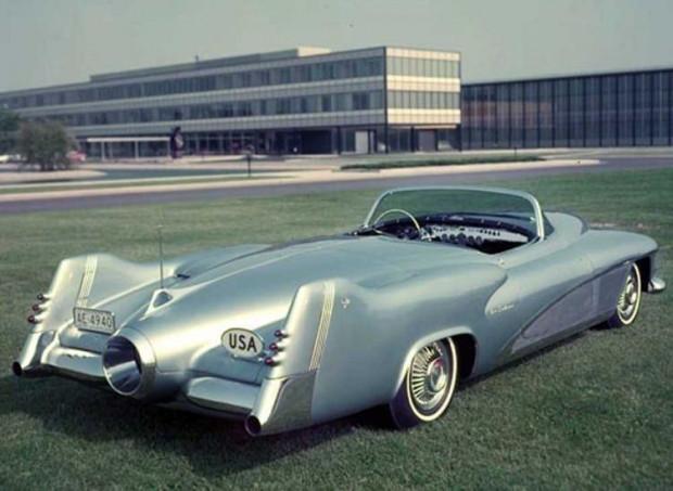 50'li yıların jet biçimli otmobil konseptleri - Page 4