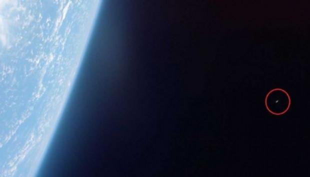 51 yıl önce NASA'nın çekmiş olduğu UFO fotoğrafı - Page 1