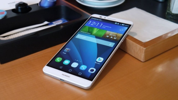 6 inç ekrana sahip en iyi telefonlar - Page 2