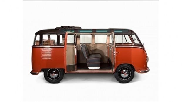 60 yıllık araç 235 bin dolara satıldı! - Page 1