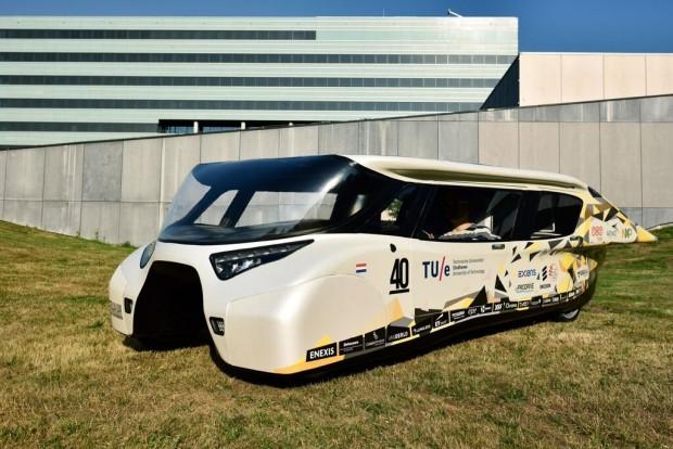7 fütüristik güneş enerjili araba - Page 1