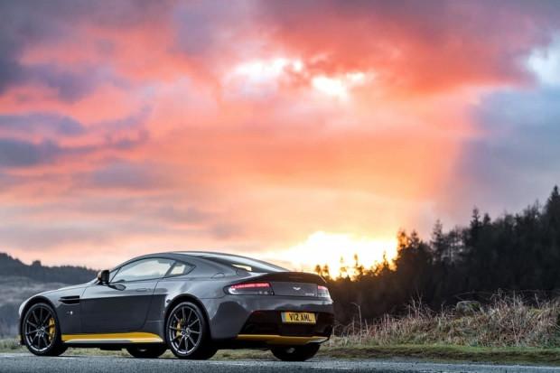 7 vitesli manuel şanzıman ile Aston Martin Purists - Page 3