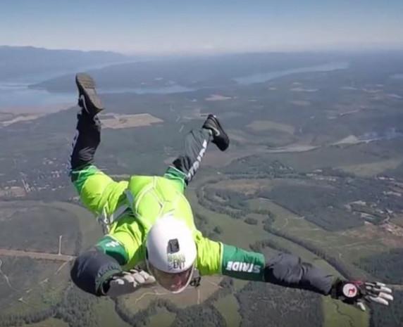 7620 metreden paraşütsüz atlayış - Page 4