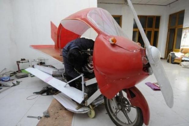 800 dolar harcayarak uçan motorsiklet yaptı! - Page 4