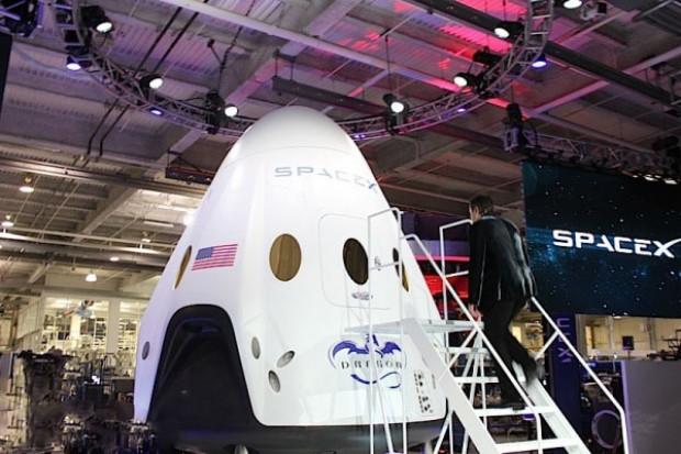 ABD'nin yeni uzay aracı SpaceX Ejderha V2 - Page 1