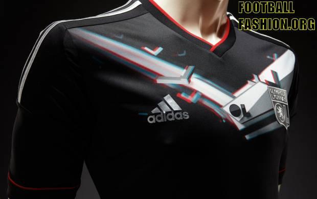 Adidas dünyanın ilk 3D Formasını Olympic Lyon için üretti -GALERİ - Page 4