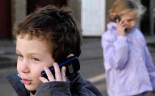 Akıllı telefonlar çocuklar üzerinde olumsuz etki yapıyor! - Page 1
