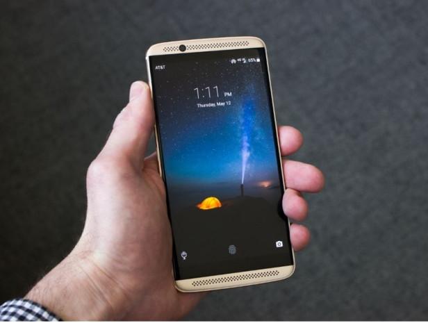 Alabileceğiniz en iyi 20 akıllı telefon Ağustos - Page 4