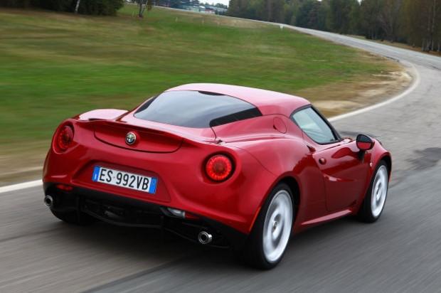 Alfa Romeo 4C Aralık ayında Türkiye'de - Page 2
