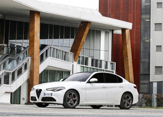 Alfa yeni Sedan'ı tanıttı! - Page 3