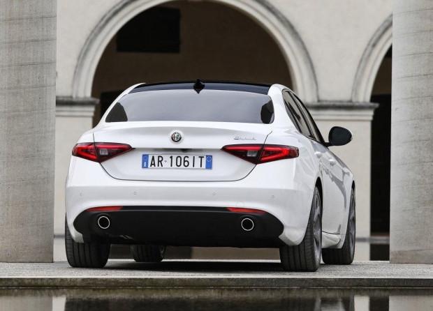 Alfa yeni Sedan'ı tanıttı! - Page 4