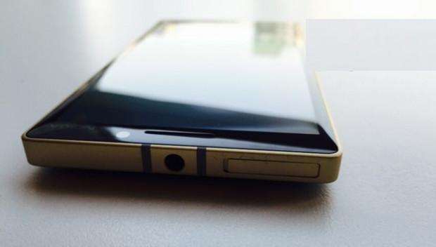 Altın Nokia Lumia 930 hazır - Page 2